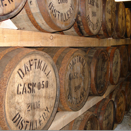 We use bourbon casks from Heavenhill Distillery in Kentucky